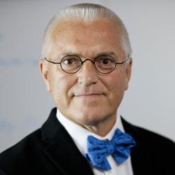 Dr. Martin Stevens